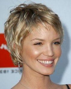 Modele coupe courte cheveux fins