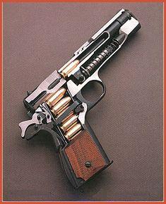 Colt Arms 1911 .45 ACP cutaway:
