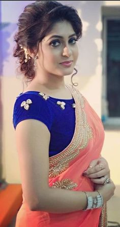 New & Latest boat neck blouse designs 2019 - New Blouse Designs Beautiful Girl Indian, Most Beautiful Indian Actress, Beautiful Saree, Saree Hairstyles, Indian Wedding Hairstyles, Beauty Full Girl, Beauty Women, Saree Blouse Patterns, Blouse Neck Designs