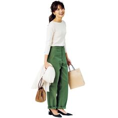 Basic Ootd, What To Wear Tomorrow, Tokyo Street Style, Uniqlo, Fashion Pants, Stylish Outfits, Spring Outfits, Korean Fashion, Khaki Pants