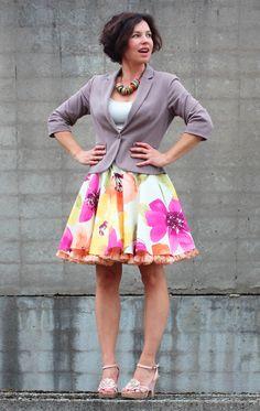 FuFu sukně květovaná2 s meruňkovou spodničkou