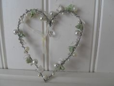 SHABBY SMALL PEARL BEADED WIRE HANGING HEART WEDDING CHIC DECORATION