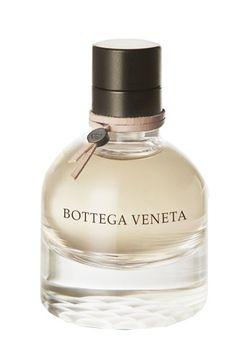 """Bottega Veneta: Bottega Veneta - Duftstars 2012: Prämierte Parfums - In sechs unterschiedlichen Kategorien wurden jeweils ein Damen- und ein Herrenduft prämiert. Sieger bei den Damendüften wurde in der Kategorie 'Exklusiv"""" das Parfum 'Bottega Veneta'..."""