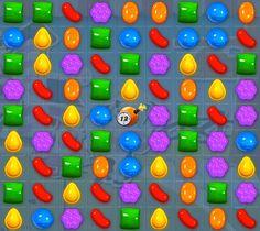 Para superar el nivel 245 de Candy Crush Saga, tienes que conseguir 5 combinaciones de caramelos rayados + envueltos y anotar al menos 60.000 puntos en 50 movimientos o menos. La dificultad de este...