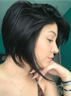 Browse here for bold and fresh short haircuts for trendy hair look in 2018. We've compiled here a lot of top trends of short haircuts for black hair if you're looking for amazing hair colors and hairstyles to wear for your celebrations right now. See here how to choose the best ideas of short haircuts for 2018.