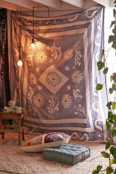 4040 Locust Arona Batik Tapestry - Urban Outfitters