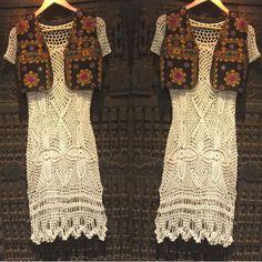 Vestido de crochet tejido por artesanos cubanos y chaleco bordado a mano por artesanos hindúes!  #arte #artelocal #hechoamano #hechoconamor #estilo #modalocal #comerciojusto #ayudanosaayudar #trend #cuba #india  Hand knitted crochet dress by cuban artisans and artistic decorated vest with hand embroidery by Indian artisans! #localstyle #localartist #style #fairtradefashion #trend #origen #india #cuba #treasuresoftheworld #shoplocal #helpingothers #like4like #followme #outfitoftheday #vest
