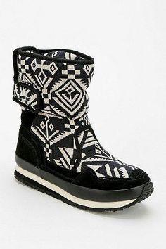 Rubber Duck Geo-print Platform Snow Boot