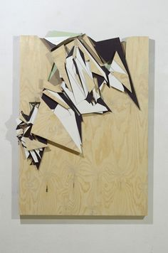 of januari at Alice Gallery. Geometric Sculpture, Abstract Sculpture, Book Sculpture, Wall Sculptures, Polygon Art, Graffiti Characters, Street Art Graffiti, Altered Art, Wood Art