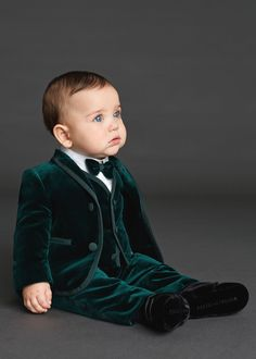 Cheap communion suits for boys, Buy Quality communion suits directly from China kids tuxedo Suppliers: 2018 Emerald Green Velvet Custom Made Fashion kids prom tuxedos suit Boys Wedding Suit Kids Tuxedo Communion Suits For Boys Little Boy Outfits, Little Boy Fashion, Baby Boy Fashion, Fashion Kids, Baby Boy Outfits, Baby Boy Wedding Outfit, Boys Wedding Suits, Baby Boy Dress, Baby Boy Suit