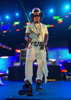 #TrinidadJame$ wearing #Reebok Dee Brown