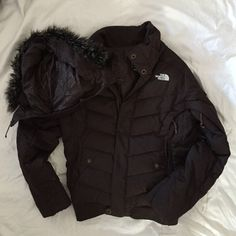 North face winter coat in great condition! Brown puffer winter coat from The North Face! Incredibly warm and has a detachable hood The North Face Jackets & Coats Puffers