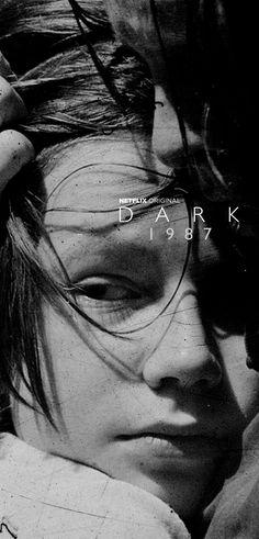 Netflix Series, Tv Series, Imagenes Dark, Arrival Movie, Louis Hofmann, David Fincher, Dark Pictures, Netflix Originals, Love Images