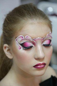 Makeup Inspo, Makeup Art, Makeup Inspiration, Mermaid Face Paint, Festival Eye Makeup, Masquerade Makeup, Fantasy Make Up, Theatrical Makeup, Crazy Makeup