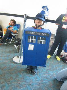 Tardis Costume at SDCC 2012 by Lbc42, via Flickr