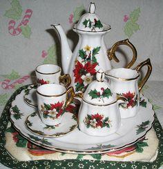 Google Image Result for http://www.teasetsandteapots.com/wp-content/uploads/2010/06/porcelain-tea-set.jpg