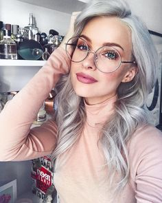 How to get grey hair in a trendy silver shade is still our obsession in 2018. See the best celebrity grey hair inspiration and learn how to get grey hair for yourself.