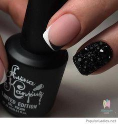 Just the French with a solid black ring finger Beautiful Nail Designs, Simple Nail Designs, Nail Art Designs, Love Nails, Fun Nails, Pretty Nails, Nail Manicure, Nail Polish, Gucci Nails