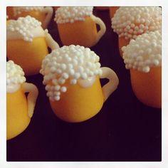 Fondant beer mug cupcake toppers. Sprinkles make it look so real! Fondant Cupcakes, Fondant Toppers, Cupcake Cakes, Birthday Cakes For Men, Cake Birthday, Yu Gi Oh, Krispy Kreme, Mug Cupcake, Fathers Day Cupcakes
