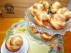 Túrós briós muffin Pretzel Bites, Brie, French Toast, Muffin, Breakfast, Food, Diet, Morning Coffee, Muffins