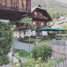 Am Gralhof Cabin, House Styles, Home Decor, Decoration Home, Room Decor, Cabins, Cottage, Home Interior Design, Wooden Houses