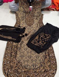Pinterest: @pawank90 Indian Suits, Indian Attire, Indian Dresses, Indian Wear, Indian Clothes, Punjabi Salwar Suits, Patiala Salwar, Punjabi Boutique, Boutique Suits