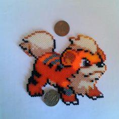 ... Création Figurine Caninos (Pokemon) en perles Hama