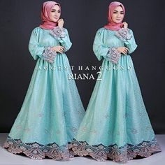 RIANA vol.2 by Agoest Hanggono  Dresspasmina hermes Bahan JECKARD motif timbul dengan bordir bermotif merak dibagian tangan dan ujung dress LD 100 Pnjng 140  Retail: 475.000 Reseller 455.000 est. ready 7okt  Line @kni7746k  Wa 62896 7813 6777  #pin #rianavol2byagoesthanggono #ottdhijabbranded #ottdhijabbrandedindonesia #hijaboftheday #fashionhijabbranded #hijaberbrandedterbaru #gamispestamuslimahmurah #gamispestamuslimahbrandedterbaru