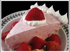 This mildly spiked Strawberry Margarita Pie is such an easy recipe to put together. Strawberry Margarita Pie Recipe is a Delicious Strawberry Restaurant Dessert Strawberry Cream Cheese Pie, Strawberry Pie, Strawberry Desserts, Strawberries And Cream, Strawberry Margarita, Pie Recipes, Sweet Recipes, Pastries Recipes, Raspberries