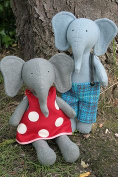 Parsley and Beet Elephant PDF sewing pattern by ricracsews on Etsy