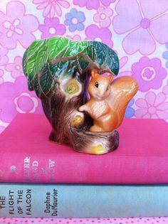 Cute Hornsea Fauna vintage squirrel figurine vase. From Fibs & Scraps.