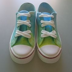 Enjoy exploring colours by spraying them on your canvas shoes. Color Combinations, Colours, Sneakers, Fun, Shoes, Fashion, Color Combos, Tennis, Moda