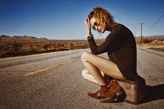 American model Erin Wasson graces the cover of So It Goes Magazine's fifth issue. Inside the publication, Erin stars in an editorial which features her taking a… Erin Wasson, Cow Girl, Editorial Photography, Fashion Photography, The Lone Ranger, Boho Stil, Img Models, Spring Summer 2015, Hello Spring