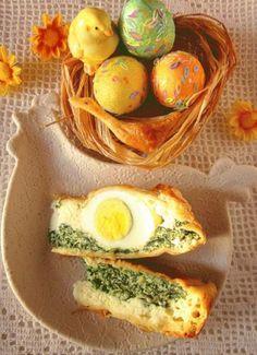 Zdjęcie: Wielkanocny placek ze szpinakiem i jajkami           /Torta Pasqualina/