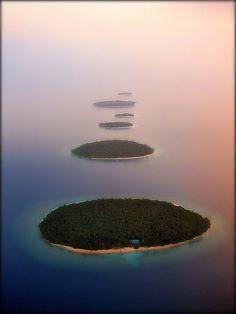 Maldives  ravenectar  earth  planet  beautiful  places  travel  place   c09cd896cffb