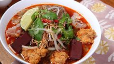 Bún bò Huế Vietnamese Spicy Beef Noodles Soup Recipe
