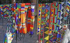 African Beadwork : The Romance of Zulu Beads - The Beading Gem's Journal African Beads, African Jewelry, African Art, African Necklace, African Design, African Style, Loom Beading, Beading Patterns, Jewelry Patterns