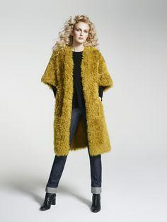 82c3c24f3c60 Yves Salomon Femme FW 16-17. Womens coat / Manteau pour femme Shearling Coat