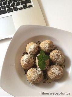Švestkové knedlíky z ovesné mouky Baked Potato, Sweet Recipes, Clean Eating, Food And Drink, Fitness, Baking, Ethnic Recipes, Cakes, Chef Recipes