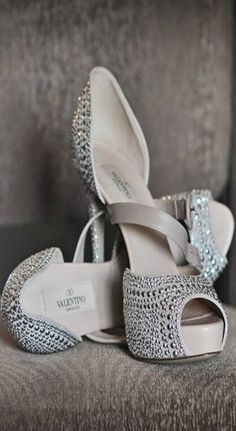 Outstanding Valentino Heels with Perfect #PearlDesign
