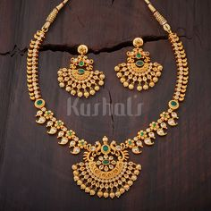 Beautifully Crafted necklace studded with and white stones and plated with polish Real Gold Jewelry, Gold Jewelry Simple, Indian Jewelry, Jewelry Design Earrings, Gold Jewellery Design, Necklace Designs, Jewellery Box, Jewelry Sets, Long Pearl Necklaces