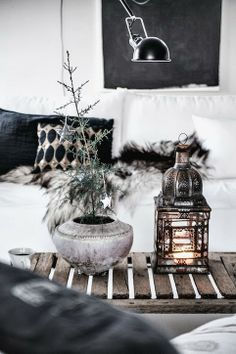 home inspiration: CHRISTMAS DECORATING | bellaMUMMA
