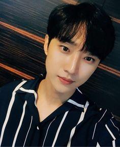 Jinyoung_ special mc_ radio star