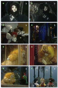 Galerie filmu Červenáčik peháčik - Červenáčik peháčik Puppets, Fairy Tales, Painting, Art, Movie, Art Background, Painting Art, Kunst, Fairytail