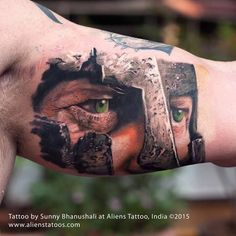 Hyper realistic Warrior Portrait Tattoo by Sunny Bhanushali at Aliens Tattoo, Mumbai. Cool Shoulder Tattoos, Half Sleeve Tattoos For Guys, Jesus Tattoo, Alien Tattoo, Warrior Tattoos, Viking Tattoos, Dream Tattoos, Cool Tattoos, Gladiator Tattoo