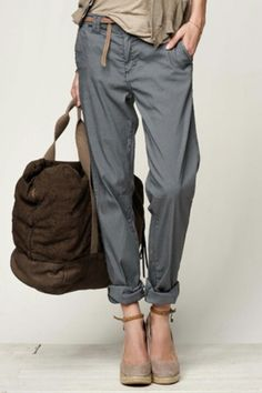 I really like the idea of these pants, but once again, i'm afraid the legs would be too narrow to flatter my legs. sigh.
