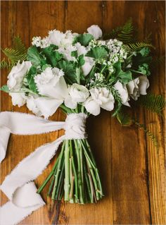 Winter White BouquetCreditsFlowers: Pollen Floral DesignPhotographers: Zac Wolf PhotographyCreditsClick view post to find your bouquet recipe!View PostBouquet Recipe