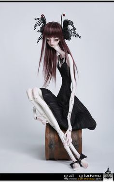 Lily http://www.doll-chateau.com