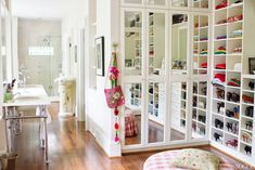 We have compiled best closet organization ideas and designs for your dressing room. You can redecorate your dressing room with these modern ideas. Walk In Closet Design, Closet Designs, Bathroom Closet, Closet Bedroom, Closet Mirror, Master Bathroom, Closet Doors, Ikea Closet, Bathroom Small