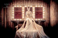第九大道英式手工婚紗在現場備有約600~700件頂級歐美手工婚紗。獨家代理英國St.Paul's 品牌婚紗禮服,講究英式宮廷的細膩設計結合歐美時尚的婚紗面料,特別針對東方女性版型剪裁設計,與國際婚紗流行趨勢同步 。 http://no9-wedding.com/blog/